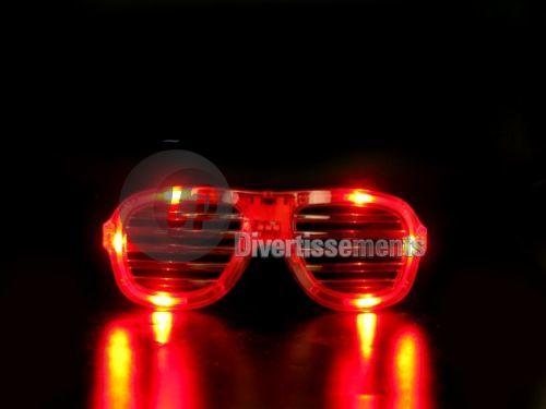 helle rote Brille Gitter