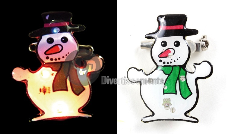 badge LED bonhomme de neige bonnet