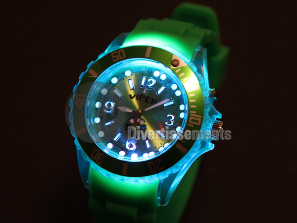 shows bright green<br>silicone gel ur133