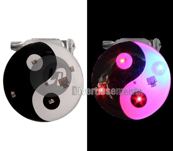 badge LED ying yang NOIR/BLANC